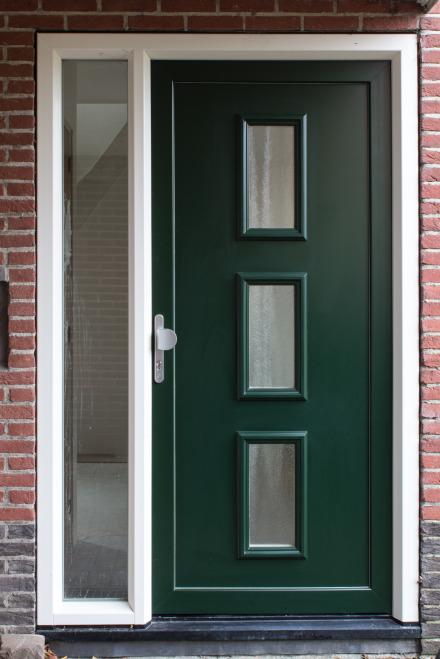 Kunststof buitendeuren van Deureka   Kunststof voordeuren en deurpanelen van Deureka